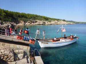 Capo Galera - das Boot wird beladen